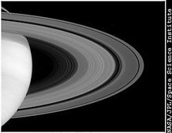 Clicca sull'immagine per ingrandirla  Nome:  saturno_anello.jpg Visite: 484 Dimensione:  32.8 KB